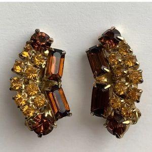 Vintage brown amber tone rhinestone clip earrings